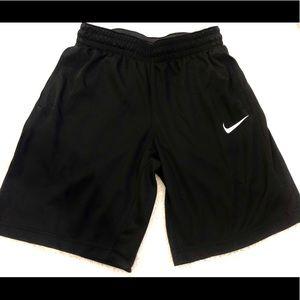 "NWT Nike Women's 10"" basketball shorts"